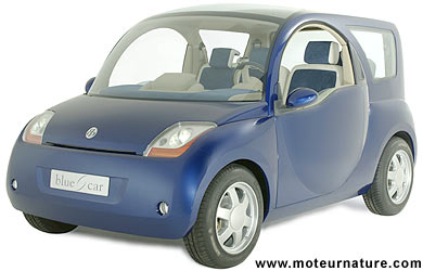 Click image for larger version  Name:bollore-bluecar001.jpg Views:311 Size:19.3 KB ID:1573