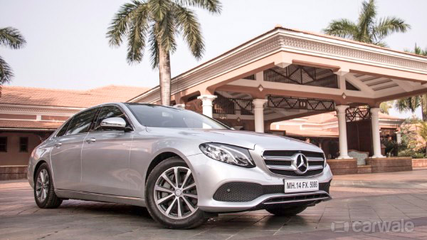 Click image for larger version  Name:MercedesBenz-New-EClass-Exterior-90453.jpg Views:76 Size:84.9 KB ID:37561